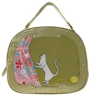 Gaby Round Bag - Mischievous Cat Zelená